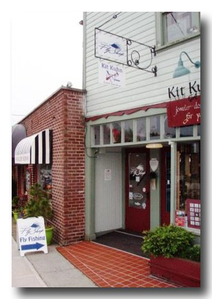 Gig Harbor Fly Shop is located in Gig Harbor, Washington.